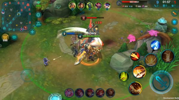 heroes-arena-moba-cuc-hot-va-khung-vua-dat-chan-len-android 4