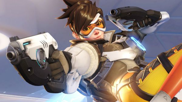 so-sanh-hai-huoc-giua-game-ban-sung-call-of-duty-va-overwatch